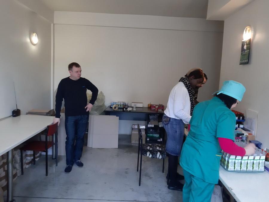 Студенти-іноземці побували на івано-франківському фармацевтичному підприємстві (фоторепортаж)